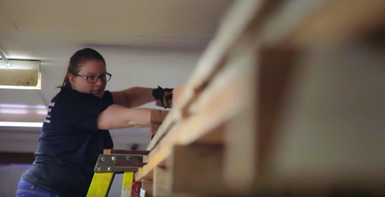 VIDEO: Kelsey Flader and Marilou Dumas, carpentry apprentices